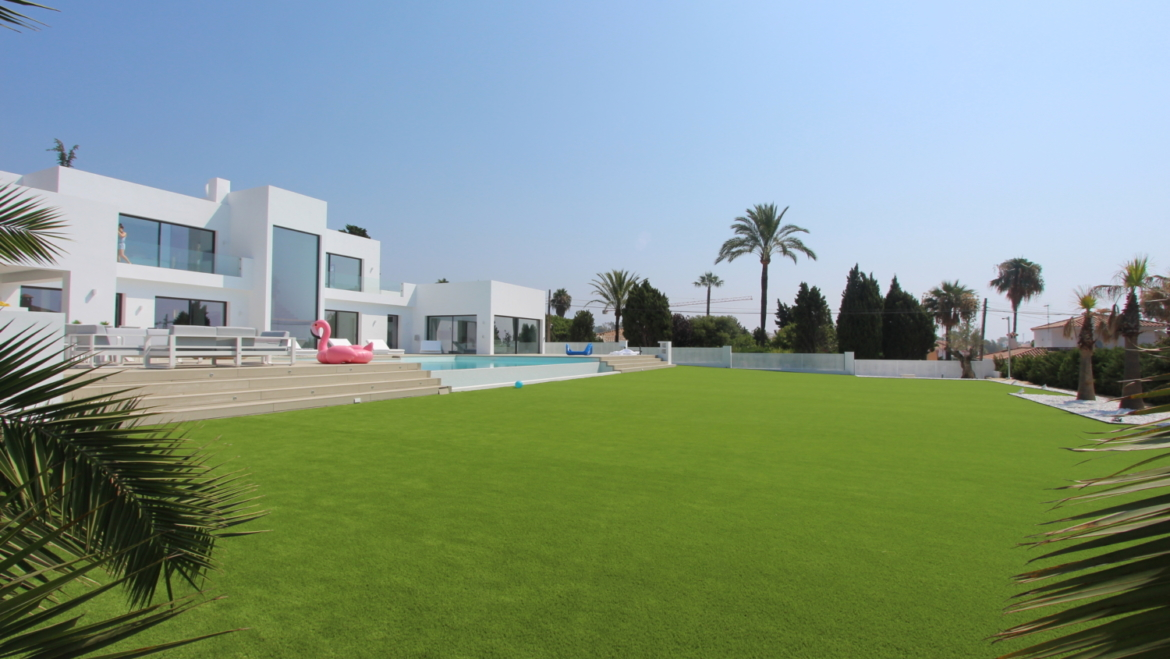 modern family with artificial grass