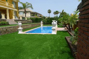 J.V. simple garden
